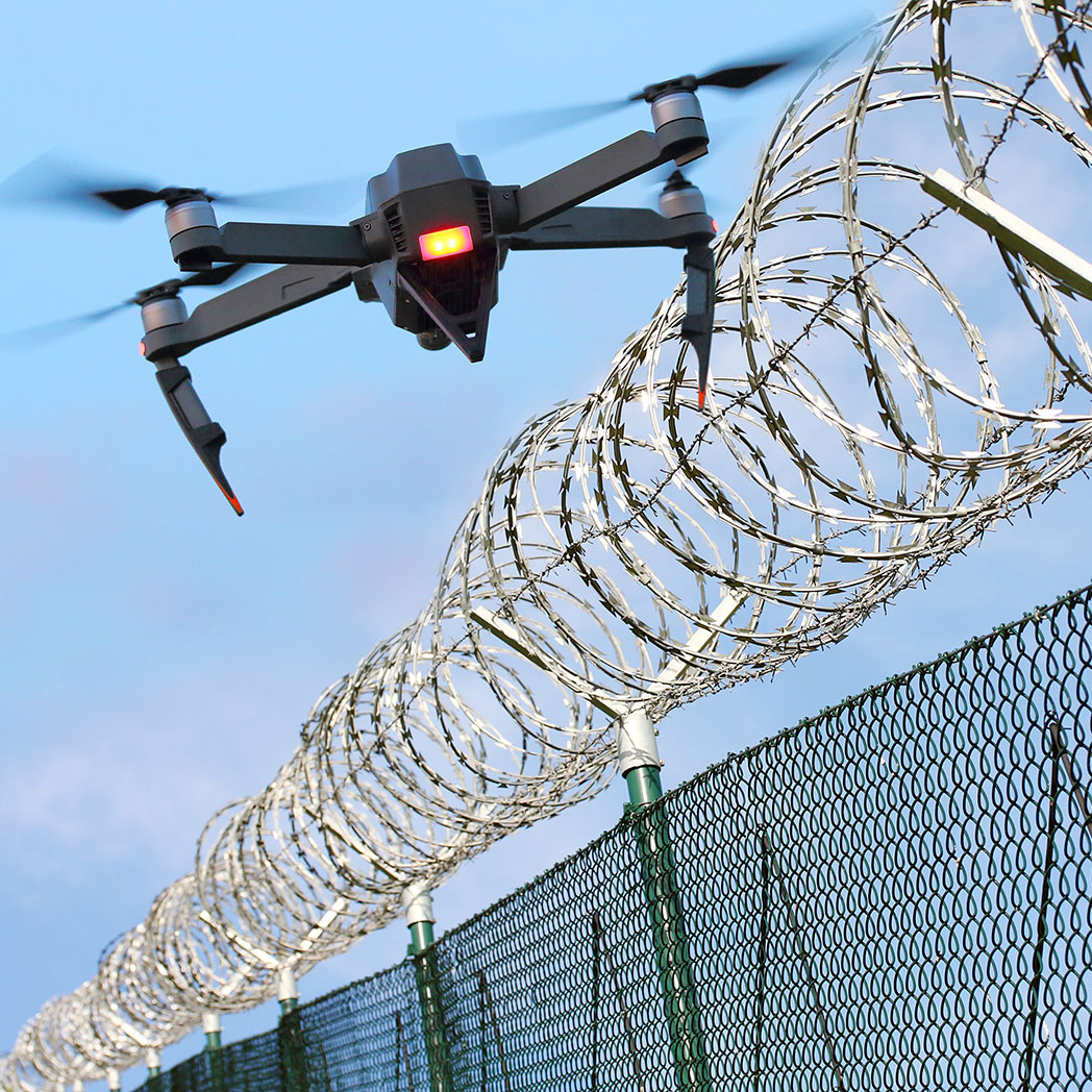 Drohnen werden immer mehr zur Überwachung und Aufklärung eingesetzt. Hier zeigen wir eine DJI Drohne